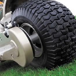 Ultra wide 13 tyres provide superb grip